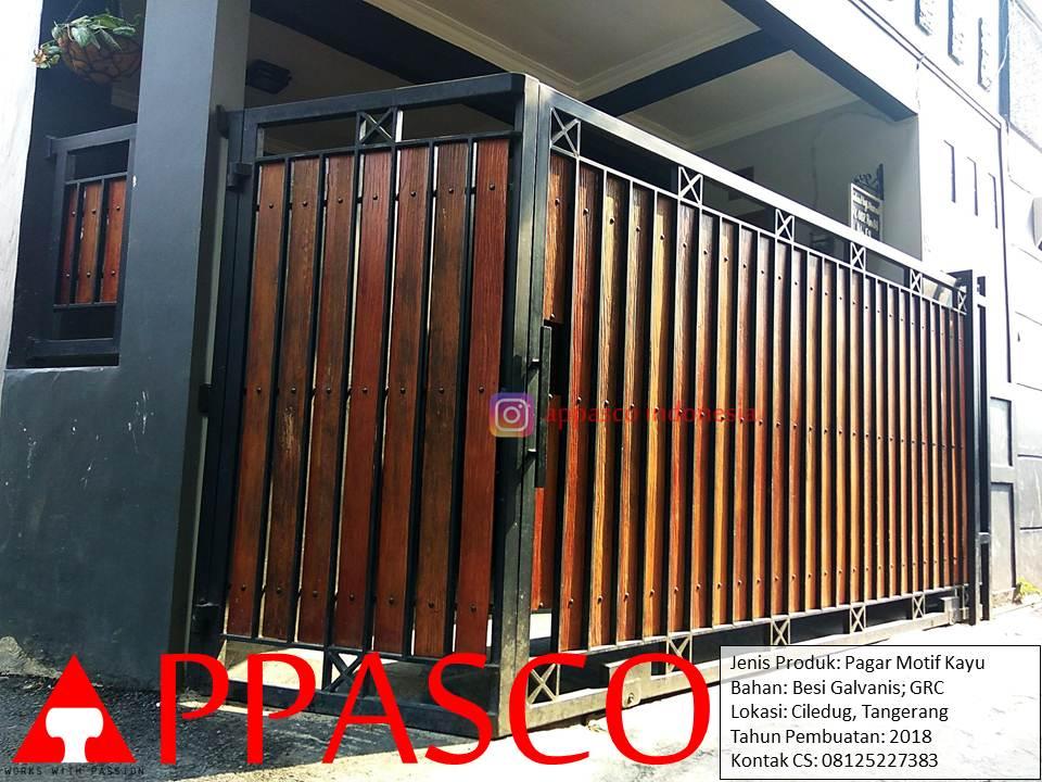 Pagar Rumah Model Minimalis Klasik Motif Kayu di Ciledug Tangerang
