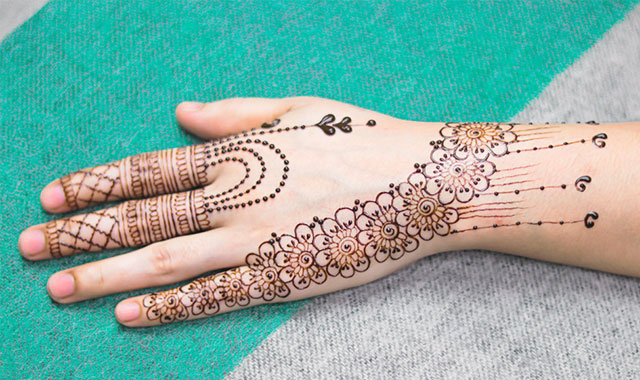 mehndi designs 2021 easy and beautiful