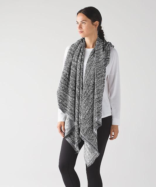 lululemon be-present-scarf