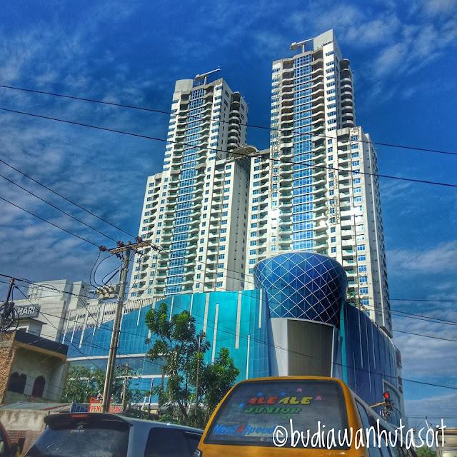 The Manhattan Mall and Condominium Comfort for Living In Ring Road Gatot Subroto Medan