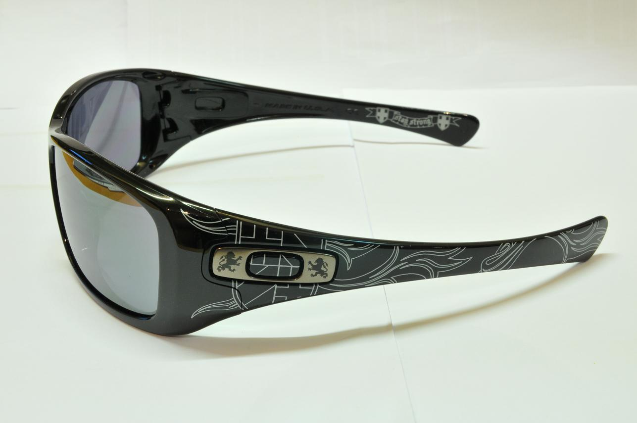 7e9903e7c5aa Oakley Monster Dog Ducati Edition