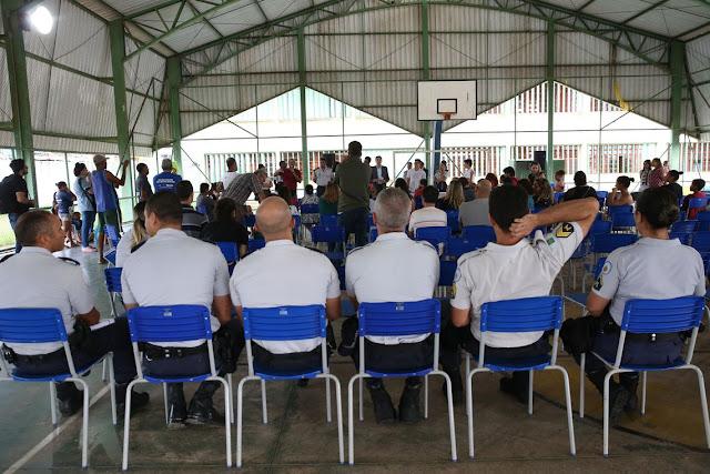 GDF dá início a projeto de militarização de escolas