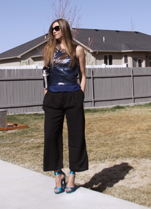 A Cropped High-Waisted Trouser for Spring and Tips for How to Pull it Off: WalkTrendy Fashion