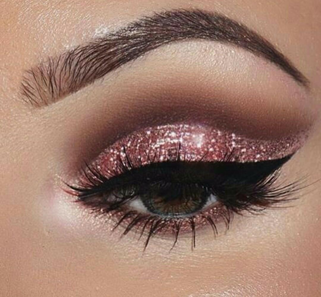 Ill Be Back Makeup Glitter Wakala Style