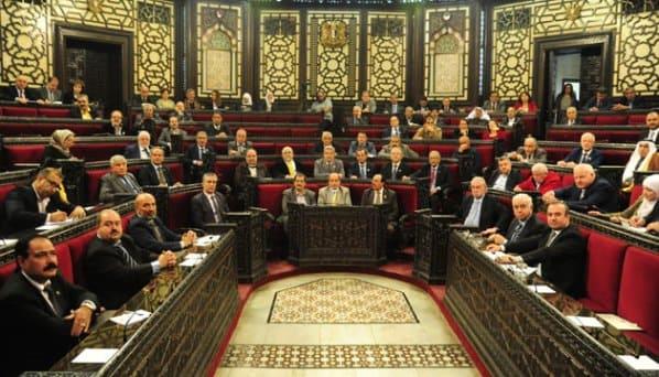 أعضاء مجلس الشعب يطالبون وزارة الإدارة المحلية إزالة التعديات على الأملاك العامة ومعالجة أزمة النقل