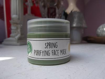 čistiaca pleťová maska Jarná očista