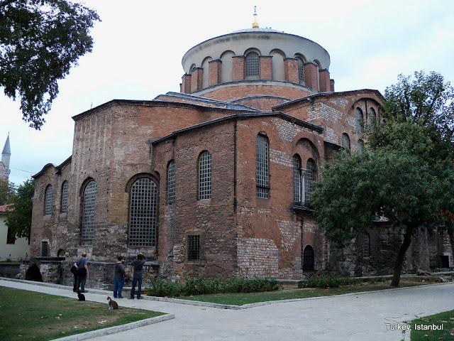 كنيسة هاجيا إيرين