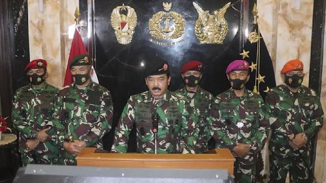 TNI Buka Suara soal Panglima Hadi Konpers Ditemani Pasukan Khusus