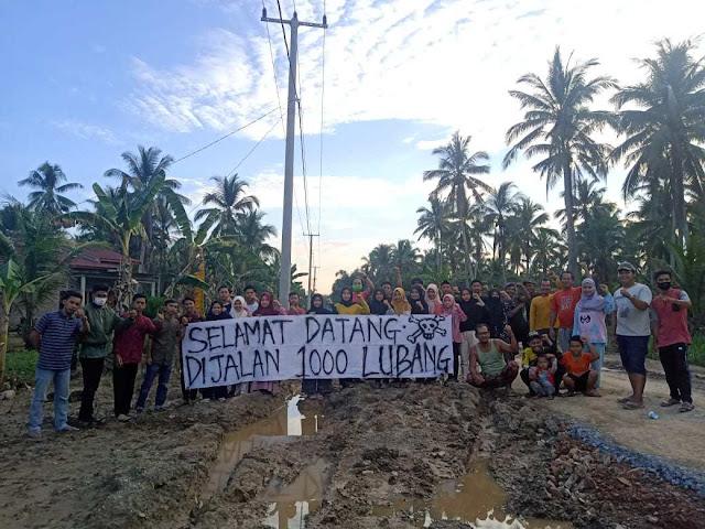 Jalan Provinsi di Kecamatan Keritang Rusak Parah, Ini Sikap dan Harapan HPPMK