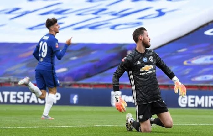 Paul Scholes defends De Gea after Chelsea howler: He will be back