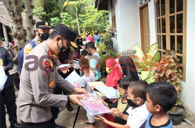 Di Kabupaten Pidie, Kapolda Aceh Serahkan Rumah Dhuafa Untuk Ibu Juwairiah