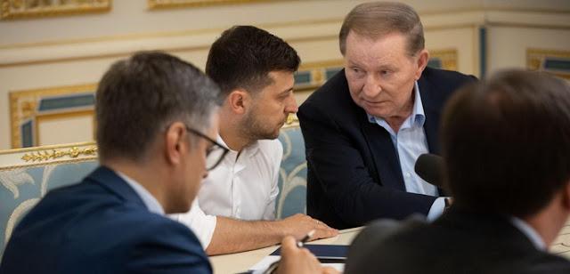 """Штайнмаєр у законі: на що погодився Київ і чи є у """"формулі"""" вивід російських військ"""