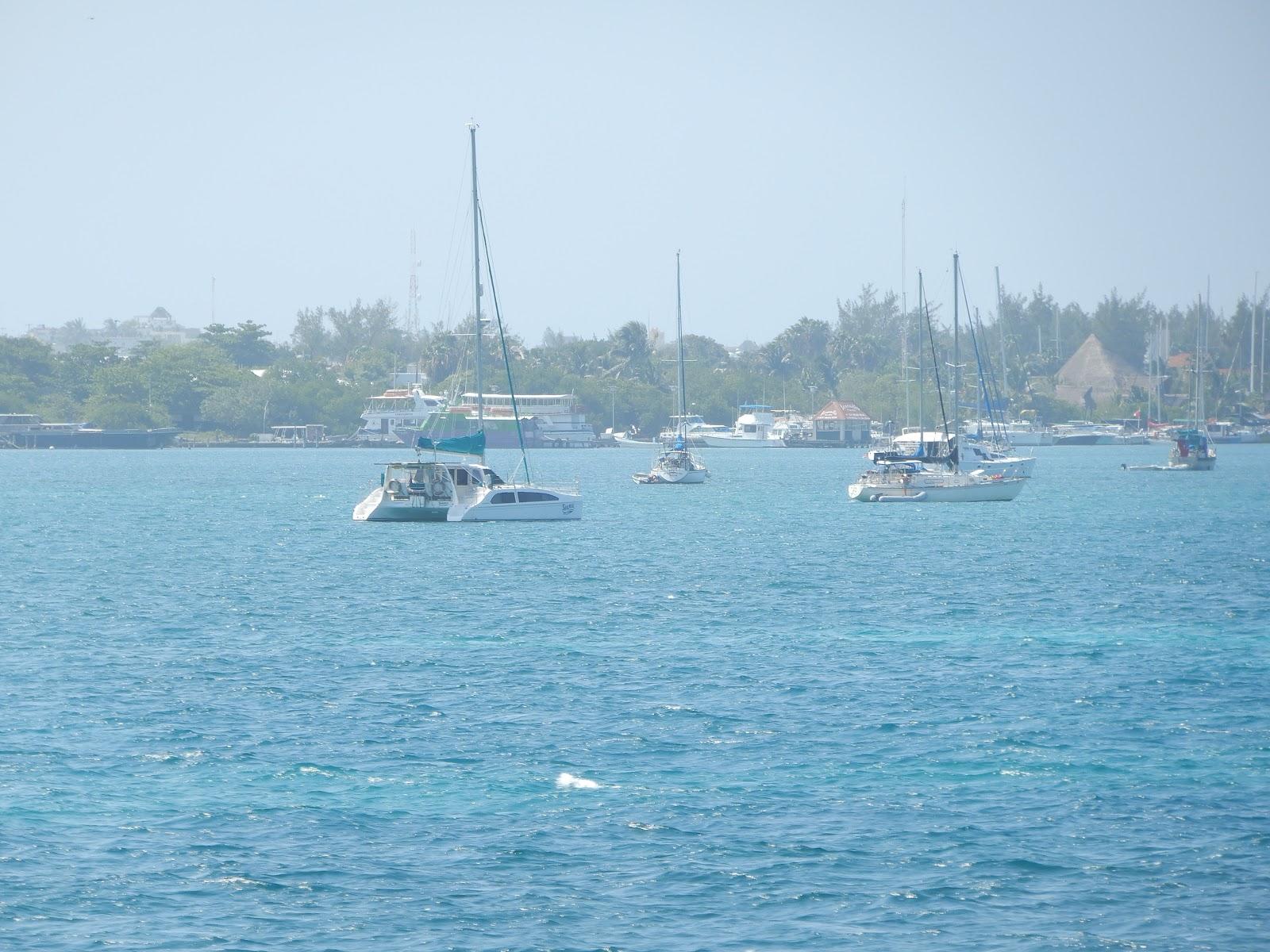 shamal at anchor isla mujeres