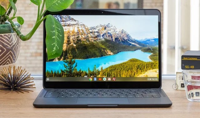 Google connects Android phones to Chromebooks via the Phone Hub