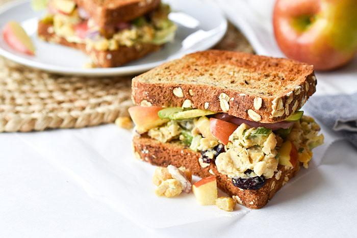 Easy Chickpea Salad Sandwich Recipe (Vegan)