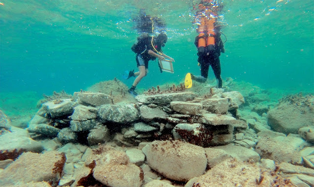 Roman-era shipwreck and building remains discovered off the coast of Delos