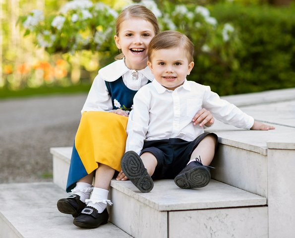 Princess Estelle and Prince Oscar celebrate National Day with new photo. Princess Victoria, Princess Madeleine, Princess Sofia, Princess leonore