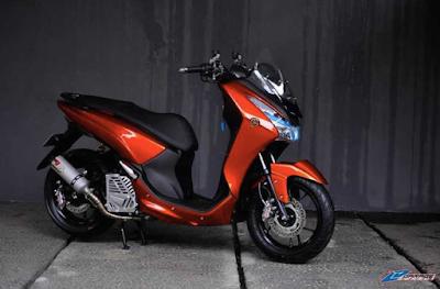 Modifikasi Yamaha Lexi Merah