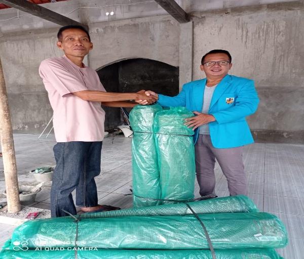 Tak Henti-hentinya Bantu Masyatakat, DPP KNPI Tunjukkan Kepedulian terhadap Rumah Ibadah