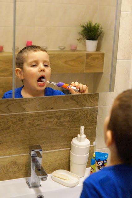 Higiena jamy ustnej u dziecka.. Jak dbać?