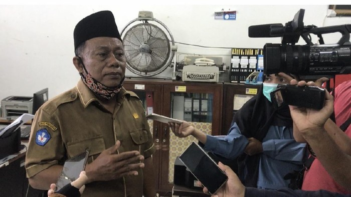 Respons SMKN 2 Padang Soal Perintah Pencabutan SKB Seragam Sekolah