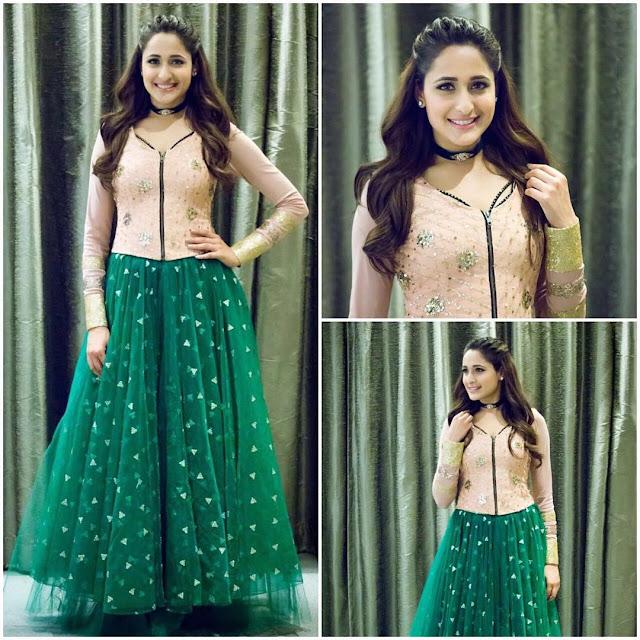 Actress Pragya Jaiswal New Images