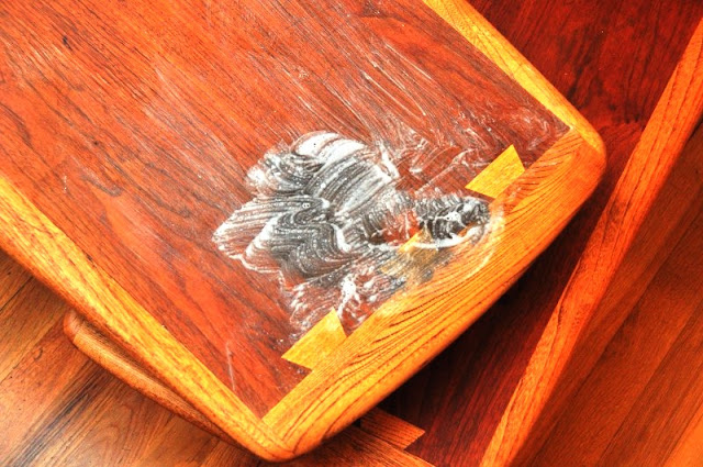 Tips Menghilangkan Noda Furniture Kayu