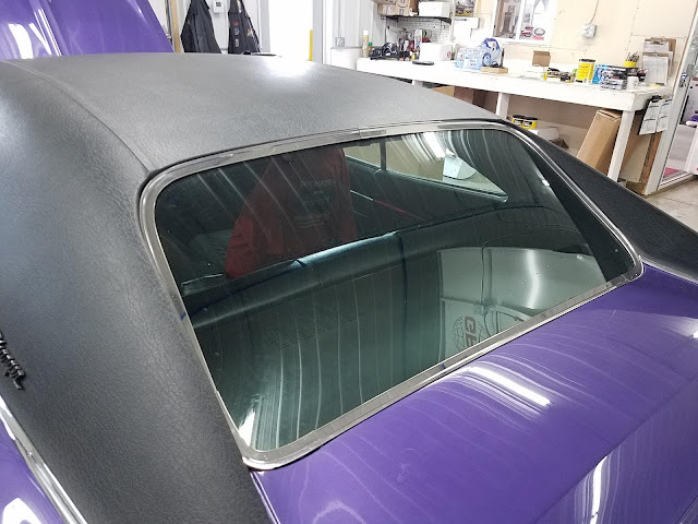 70_charger_rear_glass_rear_trim