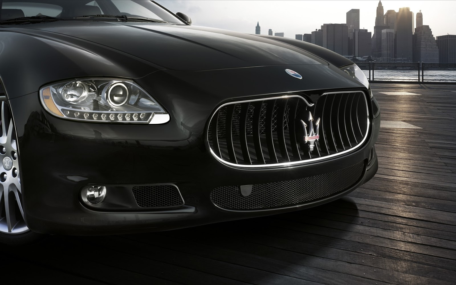 Hd Car Wallpapers Maserati Grille Logo Wallpaper