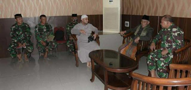 Jeffry Rahawarin Bincang Bincang Bersama Ulama dan Umara di Masjid Al- Fatah