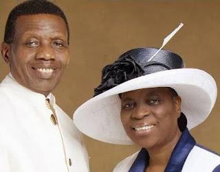 Pastor Adeboye Praises Wife – Stirs Debate On Marriage & Submission