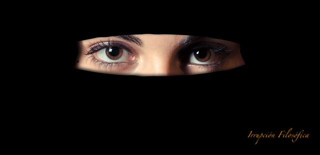 Un mundo sin religiones, un mejor lugar para las mujeres