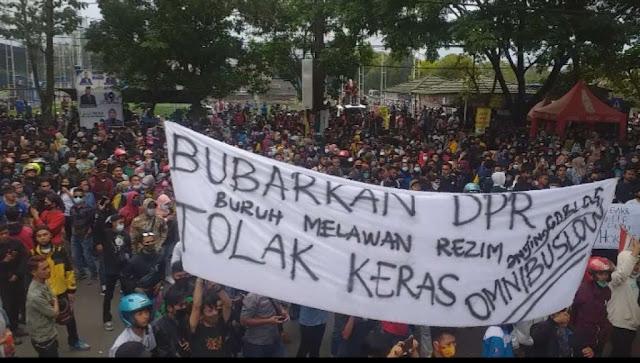 Konsolidasi, Buruh Akan Gelar Demo Lanjutan Tolak Omnibus Law