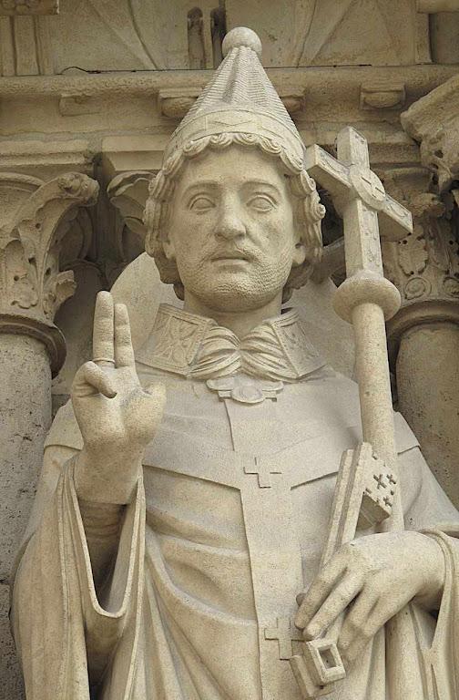 Sob São Silvestre I a Igreja saiu do opróbio persecutório  do tempo das catacumbas. Catedral Notre Dame de Paris