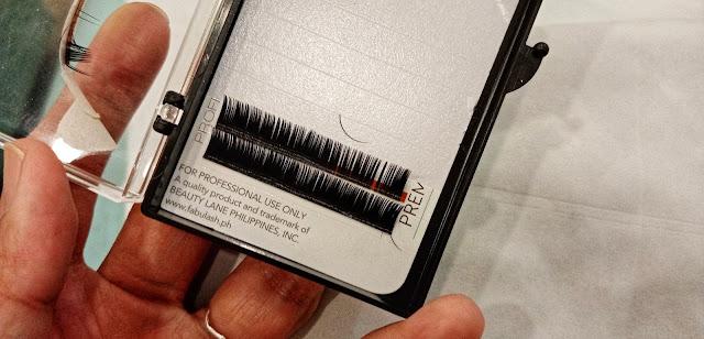eyelash hairs