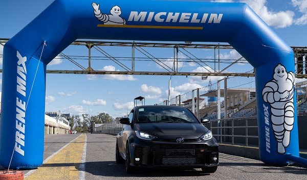 Michelin Pilot Sport Cup2 Connect Toyota GR Yaris