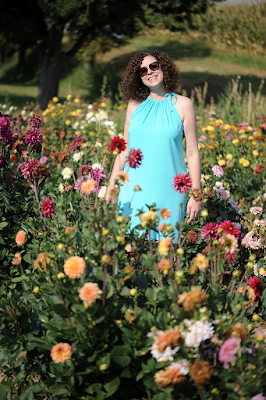 http://seaofteal.blogspot.de/2016/09/in-flowerfield-burda-style-062011-113b.html