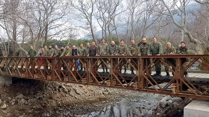 Ολοκληρώθηκε η κατασκευή γέφυρας Μπέλεϋ στο ρέμα της Πλατιάς στα Θέρμα Σαμοθράκης