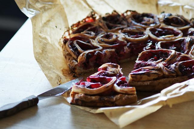 Redcurrant Pinwheel Cake