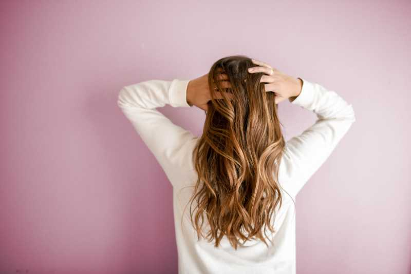 Ways to reduce hair oil