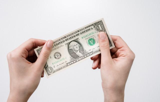 Tips Perencanaan Keuangan Bagi Buruh dan Pekerja Lepas Dengan Gaji UMR