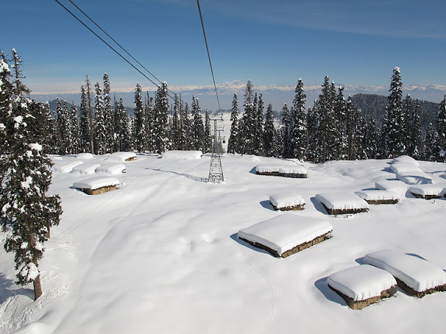 gulmarg kashmir snowfall time
