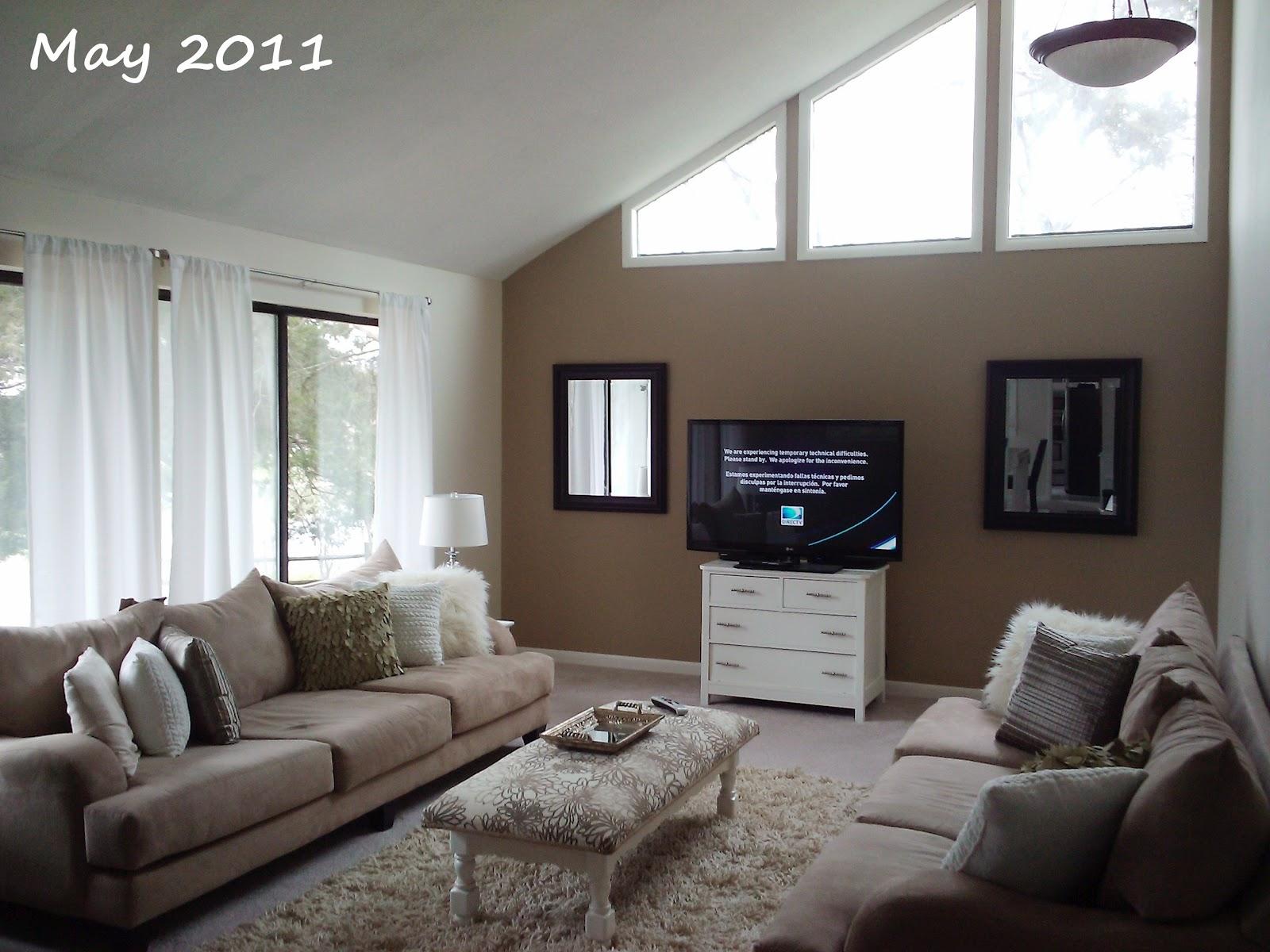 livelovediy how to decorate a living room 2 years of design flops. Black Bedroom Furniture Sets. Home Design Ideas