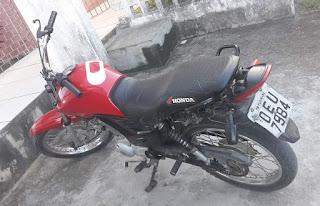 Em Guarabira, Polícia Militar recupera moto roubada e prende suspeito de receptação