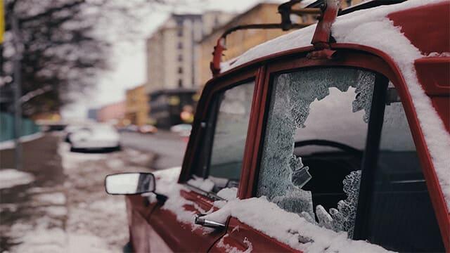 كيف تحمي سيارتك من السرقة