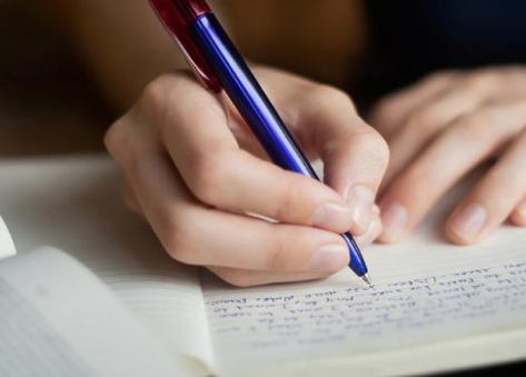 Jenis-jenis Tulisan dan Tahapan Menulis
