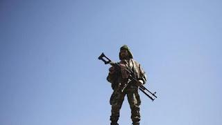 Keponakan Pemimpin Teroris Syi'ah Houtsi Mati dalam Pertempuran di Maarib Yaman
