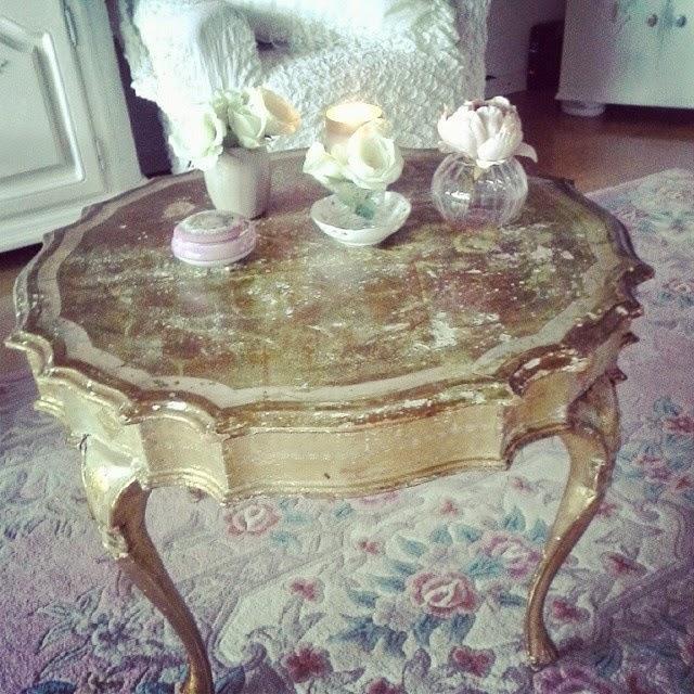 shabby chic liebhaber shabby chic florentiner tisch. Black Bedroom Furniture Sets. Home Design Ideas