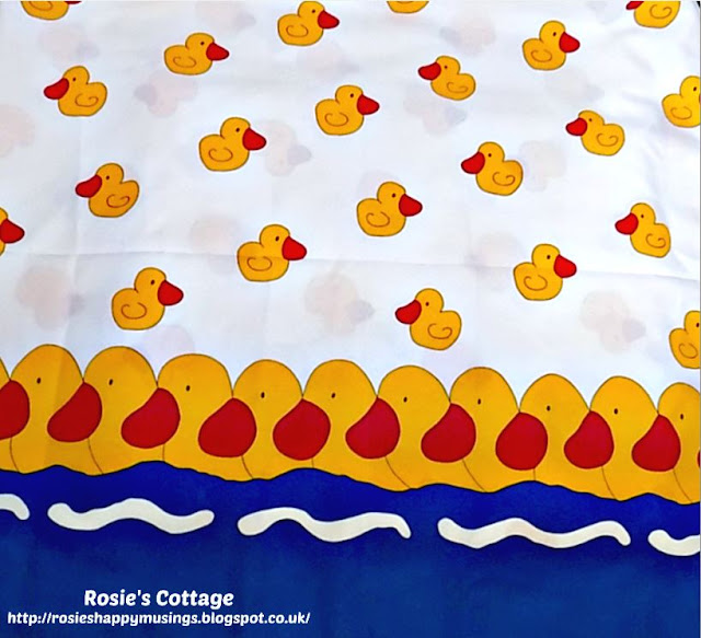 Fun shower curtain with ducks