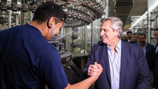 Alberto Fernández pidió que se denuncie a los comercios que no respeten los Precios Cuidados